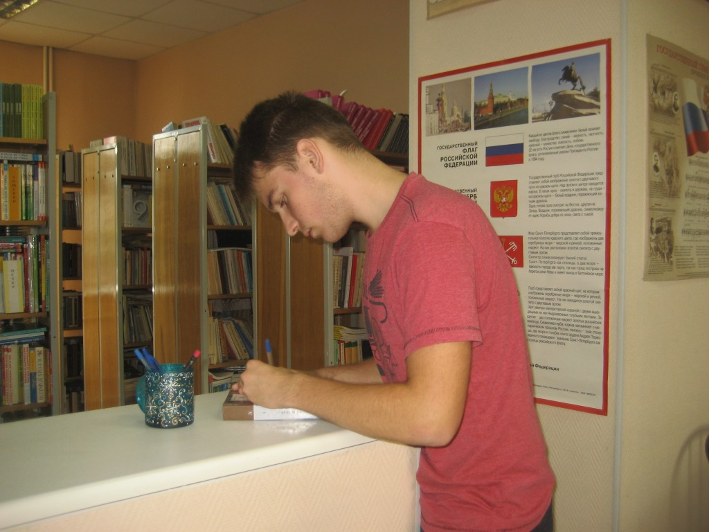 Илья Христофоров, ученик нового класса школы №330, решил посвятить свою жизнь точным наукам