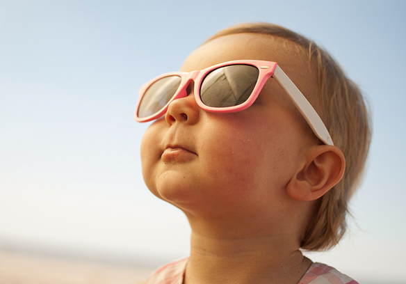 Когда носить солнцезащитные очки