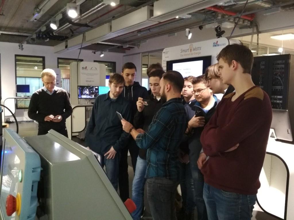 Петербургские школьники отправились на стажировку в Германию