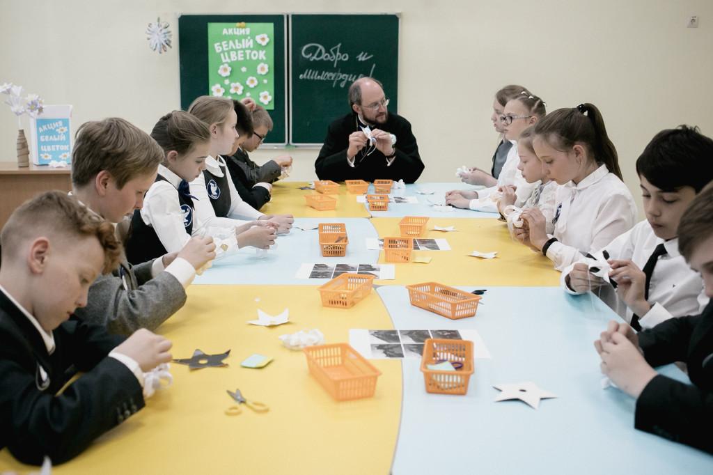 «Уроки доброты» — первый этап благотворительной акции Детского хосписа «Белый цветок».