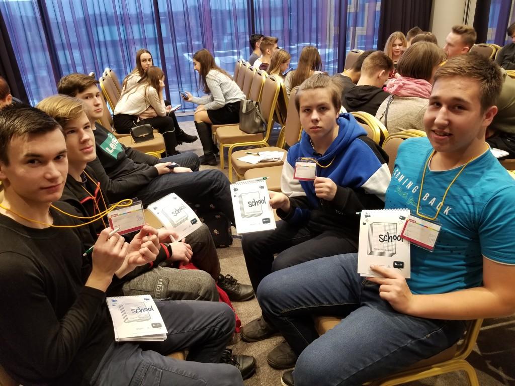 Учащиеся школы-интерната №8 на мастер-классе «ОдноКЛАССники»
