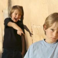 Ребенка травят в школе: что делать