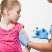 Детей могут не принимать в школы и детсады без прививок
