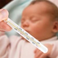 Температура у ребенка: какую и когда надо сбивать