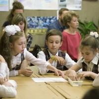 В рамках благотворительной акции «Белый цветок» в гимназии №177 прошел открытый «Урок доброты»