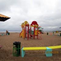 В Петербурге можно купаться только на одном пляже, а загорать — на 26