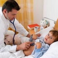 Педиатры пока будут приходить домой к маленьким пациентам