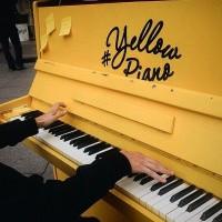 Желтое пианино в Филармонии