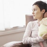 Как бороться с послеродовой депрессией?