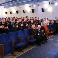 Легендарный юнга Балтийского флота встретился с петербургскими школьниками