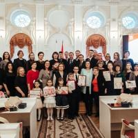 Петербуржцы выбрали любимых врачей